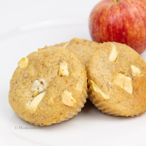 Apple-White Chocolate Muffins