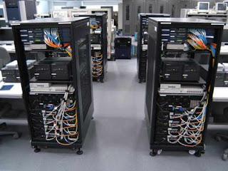 jenis komputer itu sendiri dibedakan menjadi  Lengkap! 6 Perbedaan Komputer Server dan Client
