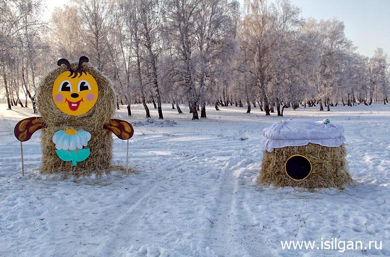 Соломенные фигуры. Пластовский район. Челябинская область.