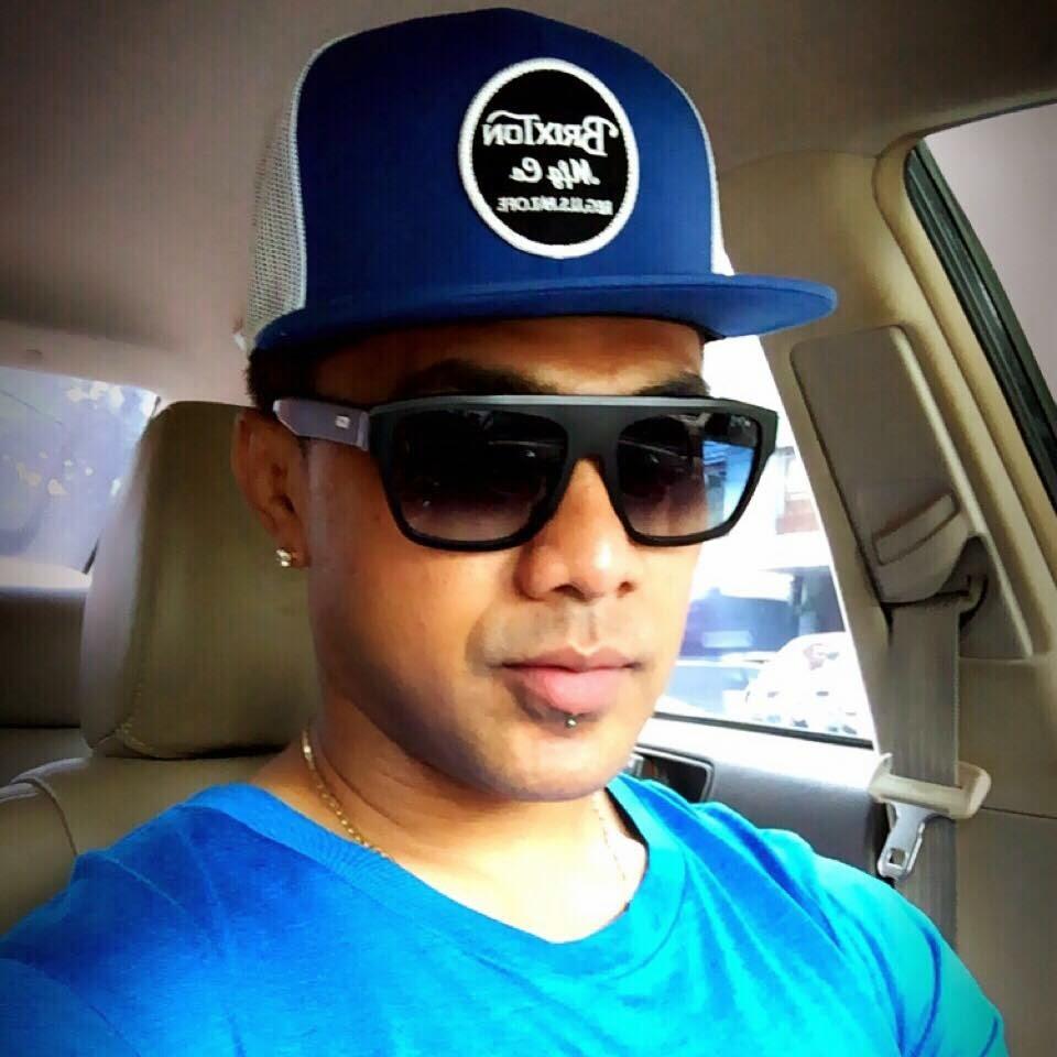 Download lagu Ambon Terbaru Doddie Latuharhary