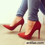 Bahaya & Tips Cara Memakai High Heels Yang Benar & Baik