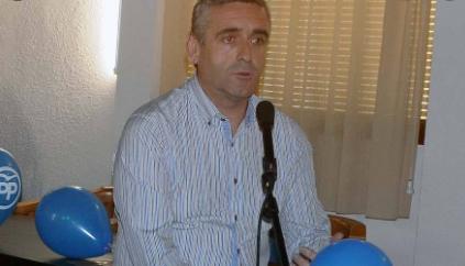 Procesado el alcalde de Benavites y diputado provincial Carlos Gil (PP) por presuntos malos tratos a su mujer.