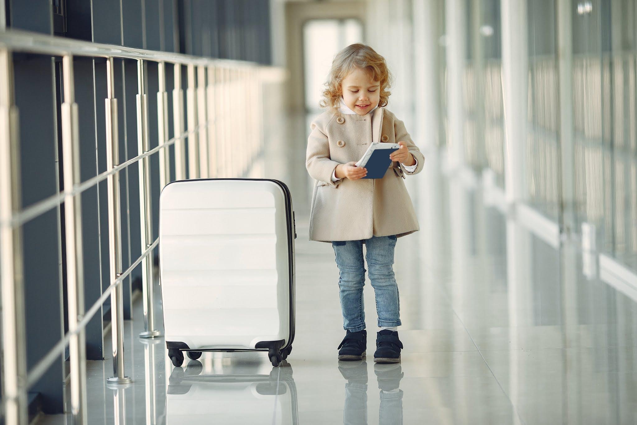 مطار airport الشارقة يعزز خدمات إنهاء إجراءات السفر ذاتياً