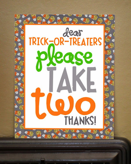 Pritnable Trick-or-Treater Sign           |            Peonies and Poppyseeds
