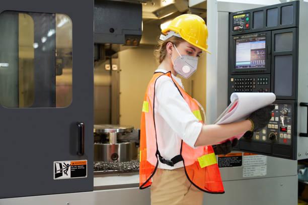 Ketersediaan Edge Data Center bagi Industri Manufaktur