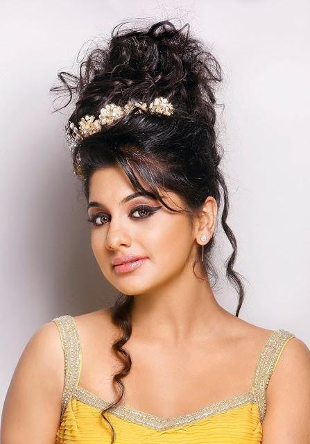Meera Nandan Photos