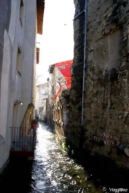 I tanti canali che scorrono nella cittadina