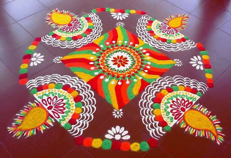 Beautiful Holi Rangoli Designs ! Art Magazine
