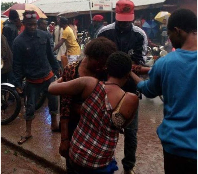 Drama As S*x Workers Go Wild In Ondo state as they Beat Up Customer who refused to pay for their service