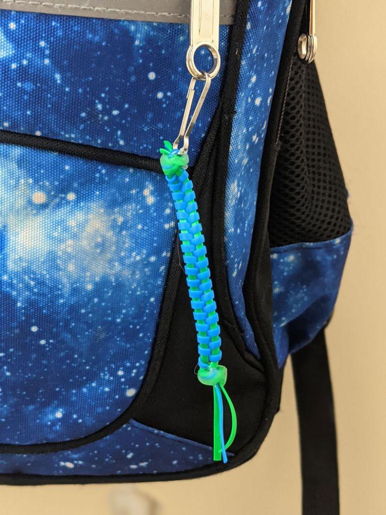 zipper stitch lanyard craft  - summer camp craft for kids