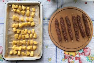 evde şiş köfte tarifi evde köfte naslı yapılır kıyma nekadar?
