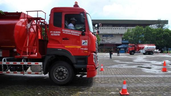 Viral Truk Pengangkut BBM Dihadang Warga di Labuhanbatu Sumut