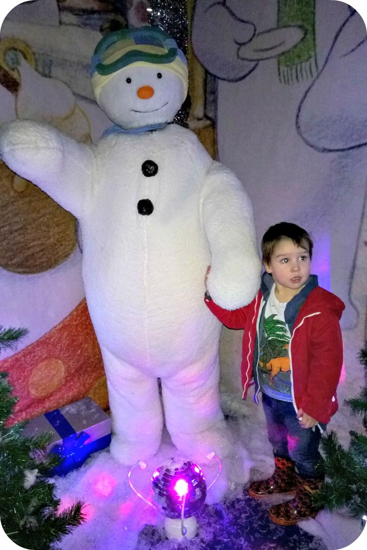 The Snowman and the Snowdog Grotto intu Trafford Centre
