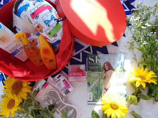 rossmann, przesyłka, kosmetyki, poduszka podróżna, kwiaty