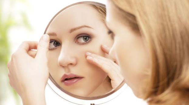 5 Cara Mudah Hilangkan Komedo yang Ada di Hidung