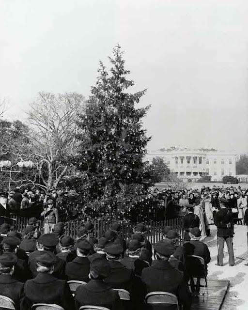 National Christmas tree lighting ceremony, 17 December 1941 worldwartwo.filminspector.com