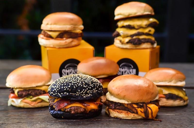 Smash! Burgers abre as portas em Curitiba