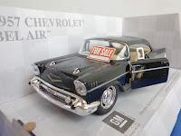 miniatur mobil klasik kuno diecast sedan replika pajangan hadiah