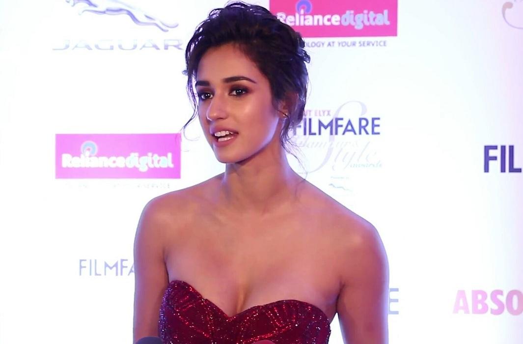 Glamour Desi Actress Pictures: Latest Stills : Disha