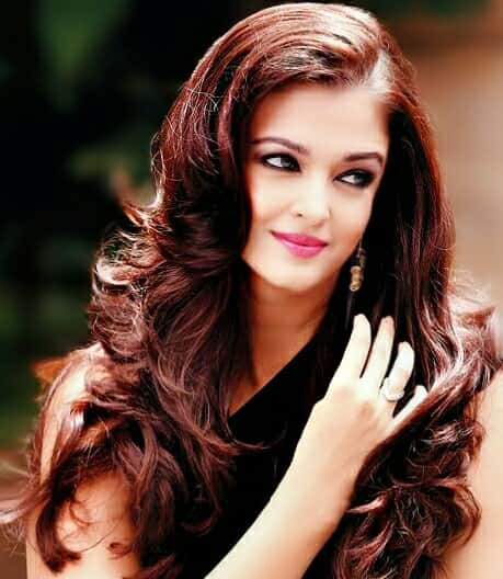 Aishwarya Rai hair, Aishwarya Rai long hair sexy look, Most Beautiful Aishwarya Rai pics