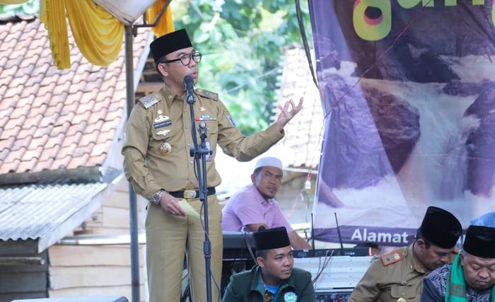 Resmikan Dua Masjid, Raden Adipati Ajak Umat Islam Jalin Persaudaraan Dilandasi Iman