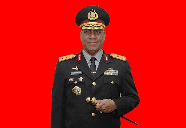 Irjen Pol Drs. Paulus Waterpauw menjadi Kapolda Sumut Istrinya Boru Pasaribu