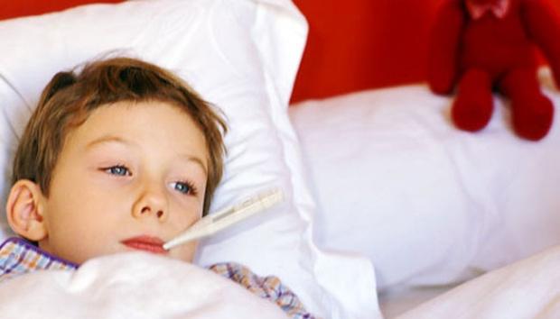 hal yang menyebabkan gejala tifus pada anak