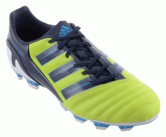 Sepatu Bola Sepatu Olahraga Sepatu Pria Kondisi Baru Gambar Lainnya