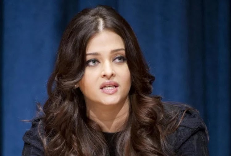 these-actresses-active-in-bollywood-after-the-age-of-40