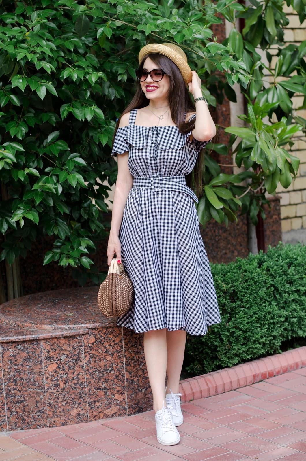 fashion blogger style fashion tashkent diyorasnotes diyora beta lookoftheday white sneakers casual Checkerboard Fold Over Cold Shoulder Dress