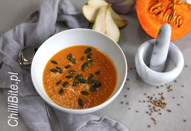 zupa krem z dyni z gruszką, kolendrą i pumpkin spice