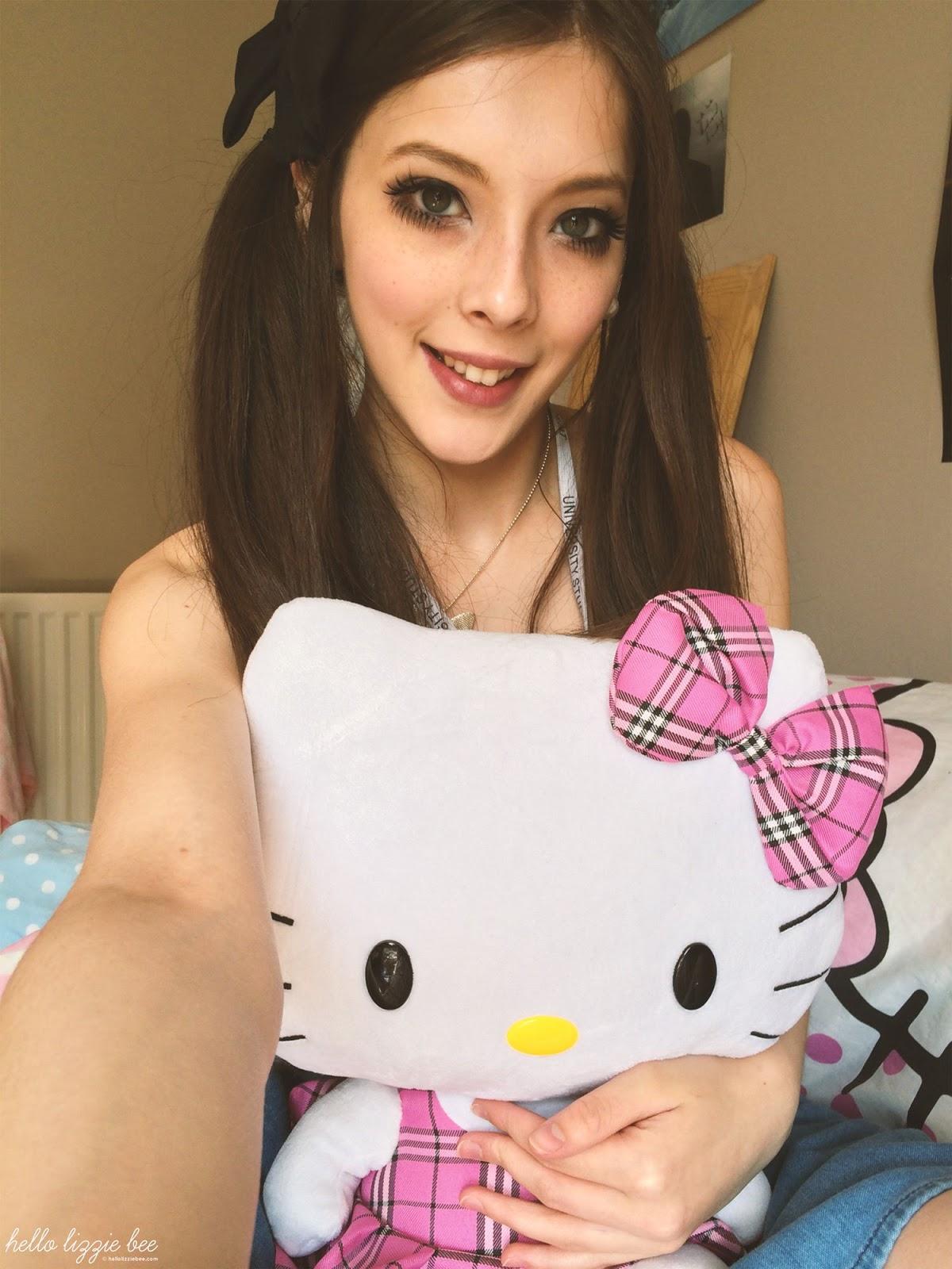 hello kitty lover