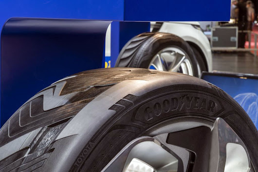 Ground Reports: Car tyre fitting: Should you fit the new set on the front or rear?