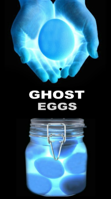 Wow the kids this Halloween and make ghost eggs! This fun science experiment is great for all ages. #ghosteggsexperiment #ghosteggs #ghosteggsscienceproject #ghostcrafts #ghostcraftsforkids #ghostcraftspreschool #ghostart #ghostactivitiesforkids #ghostexperiments #halloweenscience #growingajeweledrose #activitiesforkids