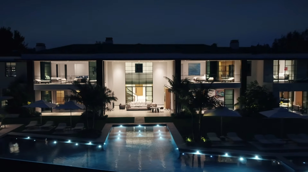 70 Interior Photos vs. 1525 San Vicente Blvd, Santa Monica, CA Ultra Luxury Modern Mega Mansion Tour