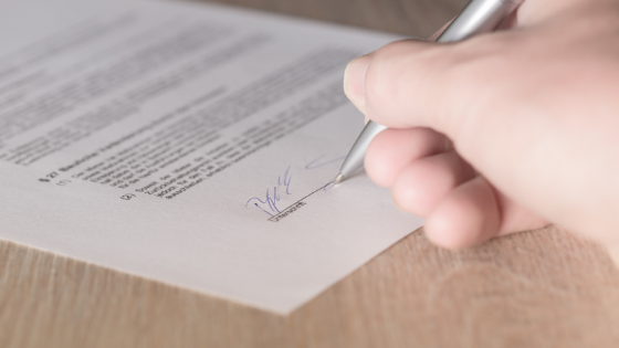 Hal Yang Harus Diperhatikan Sebelum Tanda Tangan Kontrak
