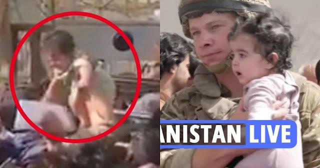 Αφγανιστάν: Απόγνωση δίχως όρια - Μητέρες πετούν τα μωρά τους σε στρατιώτες (βίντεο)