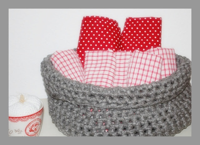scottish home korb aus zpagetti garn. Black Bedroom Furniture Sets. Home Design Ideas