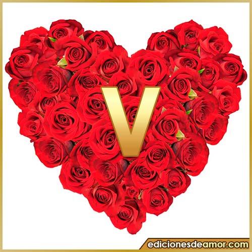 corazón de rosas con letra V
