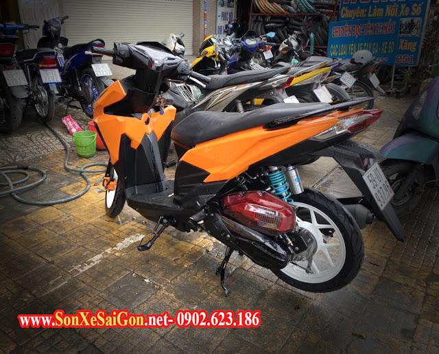 Mẫu sơn xe Honda vario màu cam bóng cực đẹp