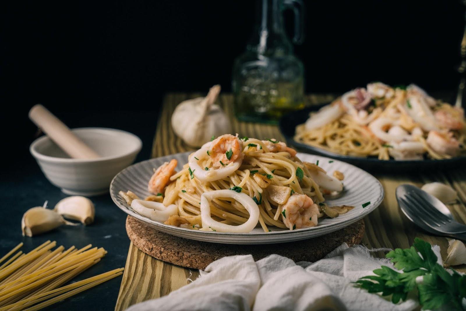 蒜炒海鮮義大利麵