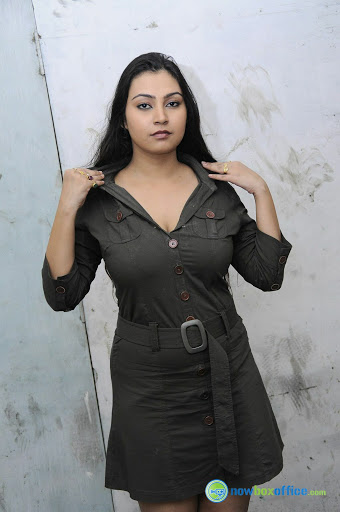 Varsha Pandey Hot Cleavage and Thighs Show in Short Dress Actress Trend