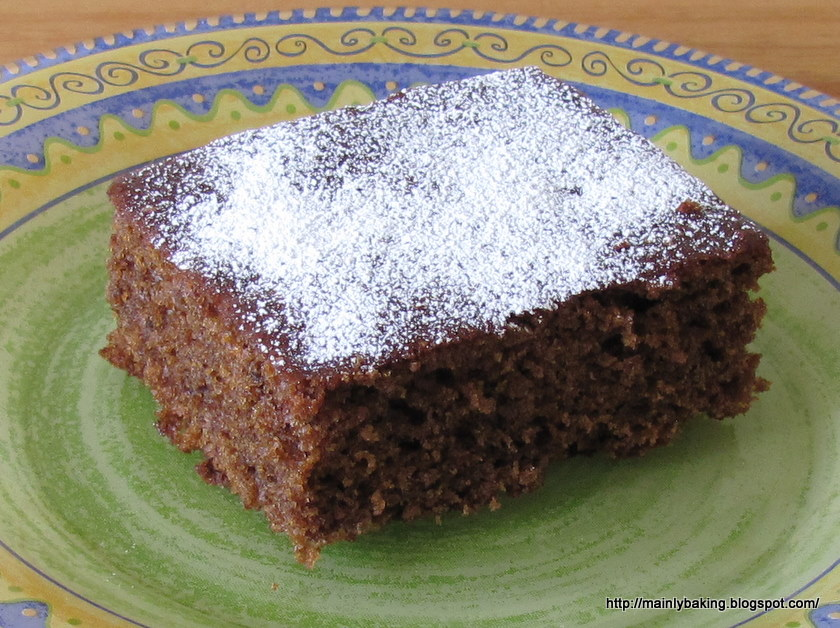 Mainly Baking: Spiced Applesauce Cake