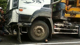 Alat Berat Terperosok dan Sebabkan Macet Panjang di Jalan Lintas Bengkulu-Kepahiang