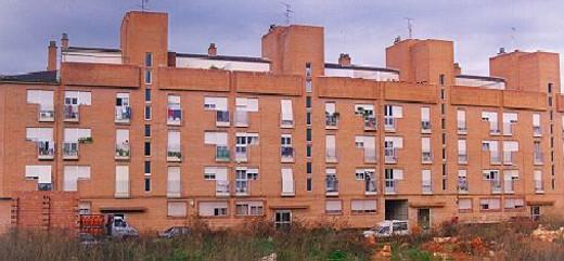 La Generalitat adjudica cinco viviendas sociales en Carcaixent y otras tres en Alginet, Picassent y Paterna