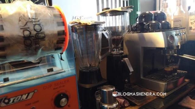 Peralatan Mesin Kopi untuk Bisnis cafe