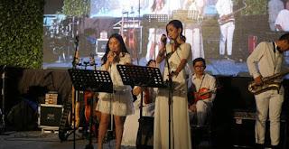 Prilly Latuconsina Lantunkan Lagu Hangatkan Pernikahan Laudya Cynthia Bella
