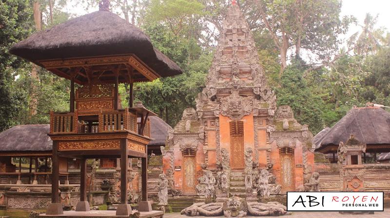 Tempat%2BWisata%2BDi%2BBali%2BPaling%2BSeru%2BMonkey%2BForest Tempat Wisata Di Bali Paling Seru Yang Wajib Di Kunjungi 2