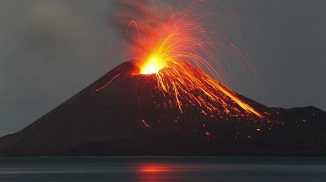 Blarrrr! Kamis Dinihari Gunung Merapi Kembali Meletus, Terdengar Gemuruh Dan....
