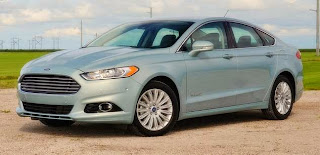 2013 Ford Fusion Hybrid SE 4d Sedan Reviews